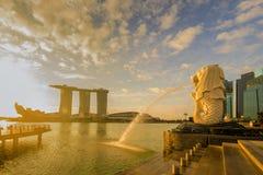 SINGAPUR-STADT, SINGAPUR: Sept 29,2017: Sonnenaufgang an Merlion und an S Stockfoto