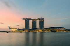 Singapur-Stadt-Skyline nachts Stockfotografie