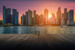 Singapur-Stadtskyline des Geschäftsgebiets im Stadtzentrum gelegen lizenzfreies stockbild