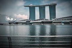 SINGAPURA 31 DE MARÇO: Marina Bay Sands Resort Hotel o 31 de março, Fotografia de Stock Royalty Free