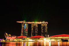 SINGAPURA - 22 DE NOVEMBRO DE 2016: Marina Bay Sands Resort Hotel em N Fotografia de Stock Royalty Free