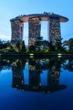 SINGAPURA - 22 DE NOVEMBRO DE 2016: Marina Bay Sands Resort Hotel em N Foto de Stock Royalty Free