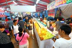 Singapura: Mercado Pasar Malam da noite Foto de Stock Royalty Free