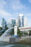 SINGAPURA, O 16 DE JULHO DE 2015: Vista da estátua de Merilon em Marina Bay mim Imagem de Stock