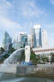 SINGAPURA, O 16 DE JULHO DE 2015: Vista da estátua de Merilon em Marina Bay mim Foto de Stock Royalty Free