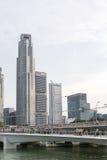 SINGAPURA, SINGAPURA - 17 DE JULHO DE 2015: Vista de Singapura do centro Fotografia de Stock Royalty Free