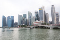 SINGAPURA, SINGAPURA - 17 DE JULHO DE 2015: Vista de Singapura do centro Imagem de Stock