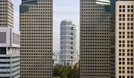 Singapura 28 12 2008: Skyline da cidade tomada de Marina Mandarin Hotel foto de stock royalty free