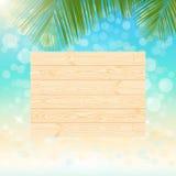 Singboard de madeira natural no verão efervescente borrado Fotos de Stock