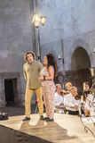 Singer John Osborne and Lucia di Lammermoor examin with the orch Stock Images
