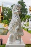 Singha, Lion Statue am Tempel in Nord-Thailand Stockbilder