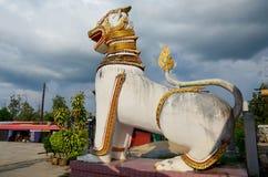 Singha på Chedi Buddhakhaya läge på nära Wat Wang Wiwekaram Arkivfoton