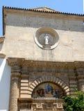 Singl vägg av en byggnad i mitten av Jerez de la Frontera i Spanien Fotografering för Bildbyråer