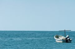 Single boat on the sea Royalty Free Stock Photography