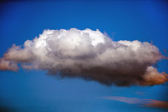 Single cloud Royalty Free Stock Photos