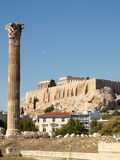 Single column of Zeus temple, and Parthenon Stock Photos