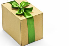 Single gift box with green ribbon Royalty Free Stock Images