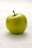 Single green apple Royalty Free Stock Image