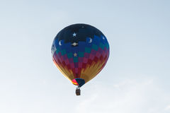 Single Hot Air Balloon. A single hot air balloon Royalty Free Stock Photos