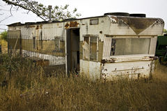 Single wide trailer in disrepair Royalty Free Stock Photography