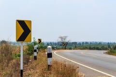 Singnals κυκλοφορίας στον αγροτικό δρόμο της Ταϊλάνδης Στοκ εικόνα με δικαίωμα ελεύθερης χρήσης