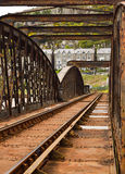 Singola ferrovia arrugginita sul ponte di Barmouth in Galles, Regno Unito Fotografie Stock