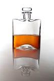 Singolo carafe di whisky o di bourbon scozzese immagini stock