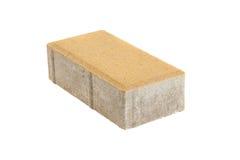 Singolo mattone giallo della pavimentazione, isolato Blocco in calcestruzzo per pavimentare fotografia stock libera da diritti