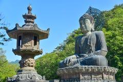 Sinheungsa寺庙在雪岳山国立公园 免版税库存图片