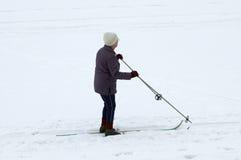 sinior滑雪者 免版税库存照片