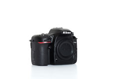 Sinistra anteriore di Nikon D7500 immagine stock