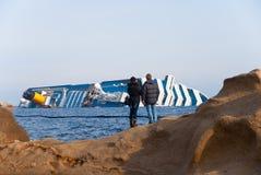 Sinkende Kreuzschiff Costa Concordia, Lizenzfreies Stockbild