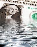 Sinkender Dollar stockfotografie
