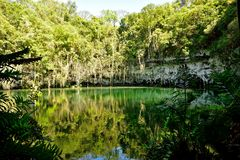 Sinkhole em uma caverna Fotografia de Stock Royalty Free
