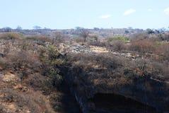 Sinkhole på Tawi Atayr. Royaltyfria Foton
