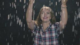 Sinnesrörelser i regnet arkivfilmer
