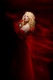 Sinnliche Frau, Dame im Rot, Valentinstag Stockbilder