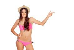 Sinnlig flicka med den rosa bikinin Arkivfoto