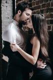 sinnlig kyss Arkivfoto
