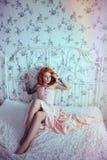Sinnlig redheadkvinna arkivbilder