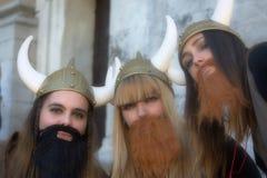 Sinnliga Cadiz Folk i gatan 50 Royaltyfria Bilder