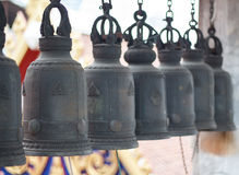 Sinos da fileira no templo Fotos de Stock Royalty Free