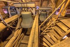 Sinos de bronze grandes na igreja Fotografia de Stock