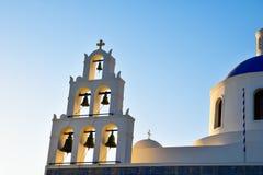 Sinos de igreja em Santorini Imagem de Stock