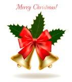 Sinos de Natal com azevinho e curva do Natal. Imagens de Stock Royalty Free