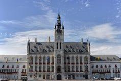 sint för Belgien stadshusniklaas arkivfoto
