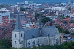 Sint-Kwintenskerk en Lovaina foto de archivo