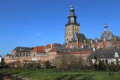 Sint Walburgiskerk在聚特芬,荷兰 免版税图库摄影