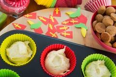 Sinterklaas杯形蛋糕 免版税库存图片