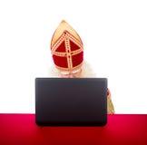 Sinterklaas с компьтер-книжкой Стоковые Фотографии RF